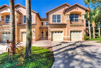 104 Camino Real Howey In The Hills FL 34737
