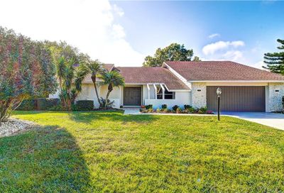 5659 Country Lakes Drive Sarasota FL 34243