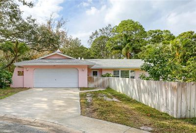 1585 15th Court W Largo FL 33770