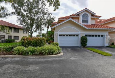 5598 Golf Pointe Drive Sarasota FL 34243