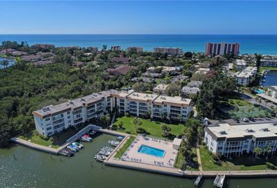 577 Sutton Place Longboat Key FL 34228