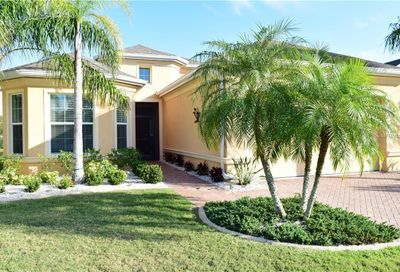 1643 Emerald Dunes Drive Sun City Center FL 33573