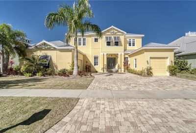 821 Islebay Drive Apollo Beach FL 33572