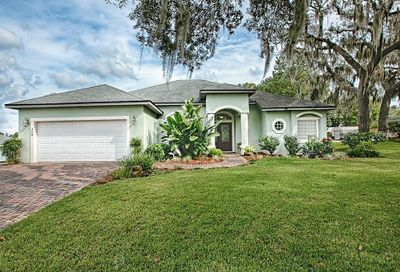 404 S Florida Avenue Howey In The Hills FL 34737