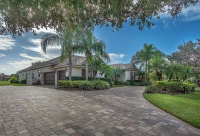 9984 Cherry Hills Avenue Circle Bradenton FL 34202