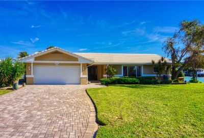 745 126th Avenue Treasure Island FL 33706
