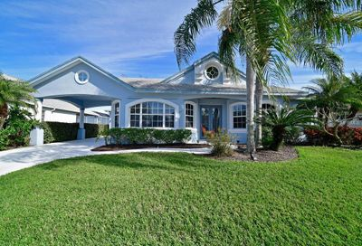 333 Bow Lane Bradenton FL 34208