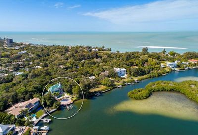 711 Mangrove Point Road Sarasota FL 34242