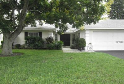 7421 W Country Club Drive N Sarasota FL 34243