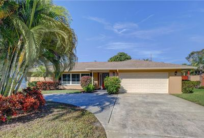 2306 Jones Dr Dunedin FL 34698