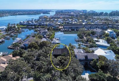 5821 Riegels Harbor Road Sarasota FL 34242