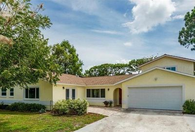 8192 Hopewell Court Seminole FL 33777