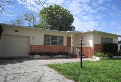 3676 Abington Avenue S St Petersburg FL 33711