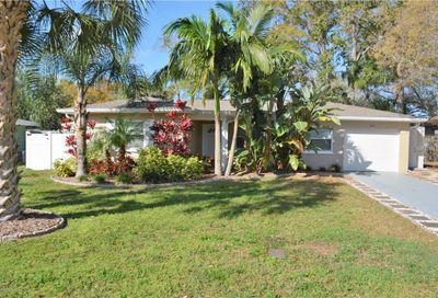 604 Brookside Drive Clearwater FL 33764