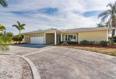 419 Midway Island Clearwater FL 33767