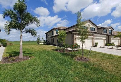 5844 Wake Forest Lakewood Ranch FL 34211