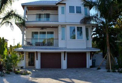 2314 Avenue B Bradenton Beach FL 34217