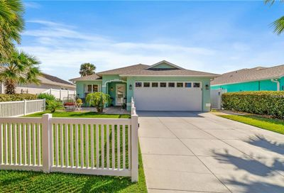 827 Hope Avenue New Smyrna Beach FL 32169