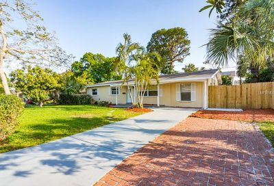 2090 62nd Place S St Petersburg FL 33712