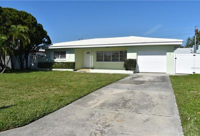 10124 4th Street E Treasure Island FL 33706
