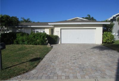 17380 Kennedy Drive North Redington Beach FL 33708