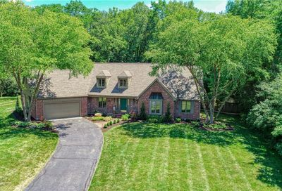 11500 Valley Meadow Drive Zionsville IN 46077