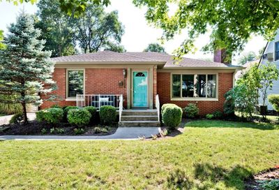 5933 Rosslyn Avenue Indianapolis IN 46220