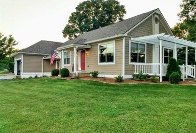 832 South Us 421 Zionsville IN 46077