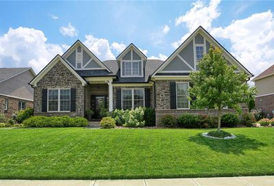 6153 Roxburgh Place Noblesville IN 46062