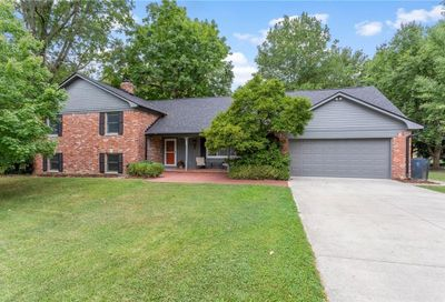 10726 Lakeview Drive Carmel IN 46033