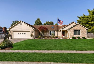 13702 Thistlewood Drive E Carmel IN 46032