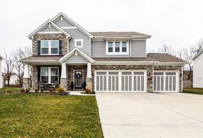 1535 Bearcub Lane Avon IN 46123