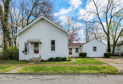 512 South 11th Street Noblesville IN 46060
