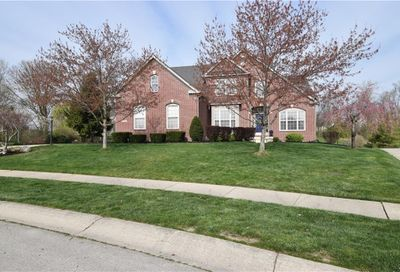 10611 Proposal Pointe Way Fishers IN 46040