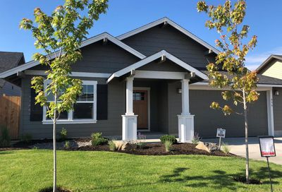 454 Northeast Poplar Lane Redmond OR 97756