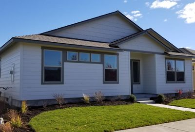 632 Northwest 27th Street Redmond OR 97756