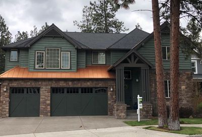 60852 Yellow Leaf Street Bend OR 97702