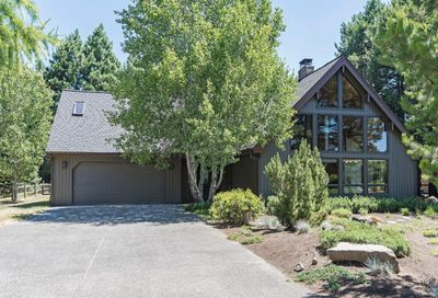 13615 Southwest Meadow View Drive Camp Sherman OR 97730