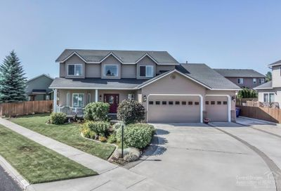 154 Southeast Airpark Drive Bend OR 97702
