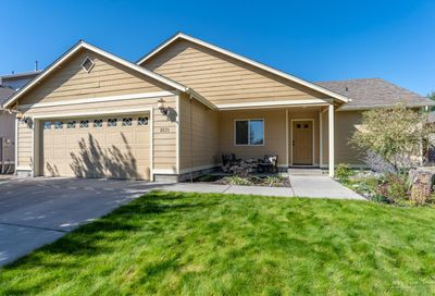 2635 Northeast 9th Street Redmond OR 97756