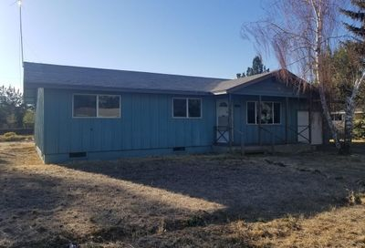 1747 Southwest 17th Street Redmond OR 97756