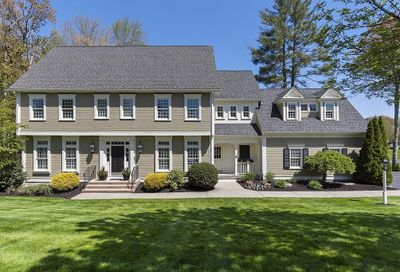 4 Chiswell Rd Grafton MA 01536