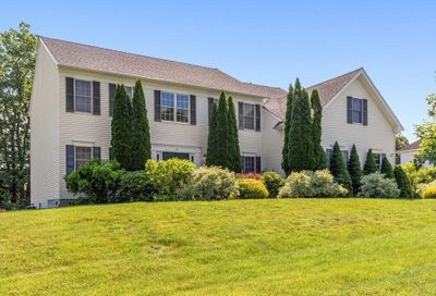 14 Valley View Dr Grafton MA 01536