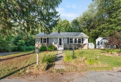 10 Sovereign Heights Sutton MA 01590