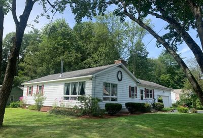 84 Cottage St Greenfield MA 01301