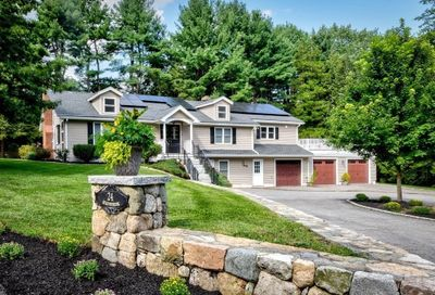 24 Meadowbrook Road Dover MA 02030