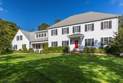 41 Lakeview Dr Barnstable MA 02632