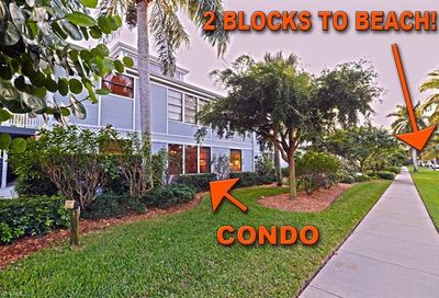 254 6th Ave S Naples FL 34102-6531