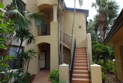 195 Vintage Cir Naples FL 34119-4724