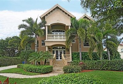 27241 High Seas Ln Bonita Springs FL 34135